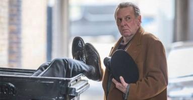"""(CINEMA) - """"Morto tra una settimana (o ti ridiamo i soldi)"""" di Tom Edmunds. - Le tribolazioni di un londinese a Londra"""