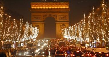 Teatro a Parigi in tempo di Natale. -di Gigi Giacobbe