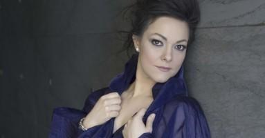 """Eleonora Buratto, soprano - """"Dall'estero arrivano più certezze"""". -a cura di Niccolò Lucarelli"""