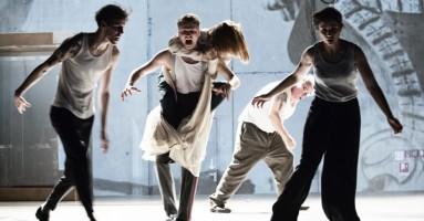 """""""Beware of pity"""" regia di Simon McBurney al Barbican Theatre, London 9-12 febbraio 2017. -di Beatrice Tavecchio"""