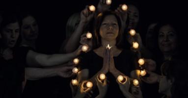 Ppe devoziòn' - 18 donne impegnate in riti tra sacro e quotidiano al quartiere Forcella di Napoli