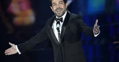 Sanremo - L'attore Pierfrancesco Favino è stato la rivelazione del Festival