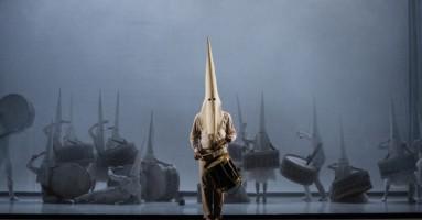 SURRÉALISME AU SERVICE DE LA REVOLUTION (LE) - coreografia e regia Marcos Morau Dukowshka