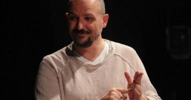 Le donne, il dolore e il teatro che sorprende. Conversazione con Antonio Latella su «Ti regalo la mia morte, Veronika».-di Nicola Arrigoni