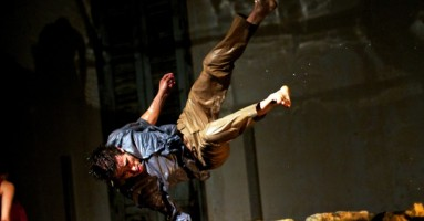 DUO - coreografia Malou Airaudo