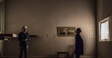 """(LONDRA). """"The Cane"""", regia Vicky Featherstone - Teatro di accusa sociale e politica. -di Beatrice Tavecchio"""