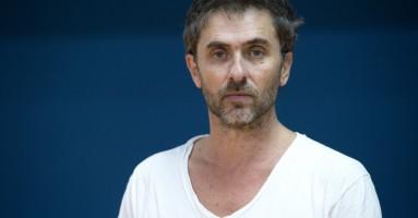 «Il teatro è tempo + parola + corpo + colori + suoni + luci + ecc.» Conversazione con Pascal Rambert a cura di Nicola Arrigoni