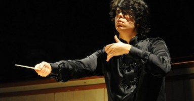 NOTTE DI NOTE PER GENOVA, INSIEME PER USCIRE DAL FANGO - direttore Andrea Battistoni