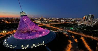 """Astana - Centro Commerciale Shatyr, regno infernale per bimbi, ragazzi e giovani, per un """"teatro"""" perverso"""