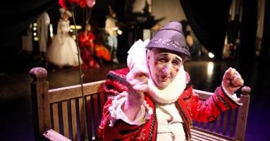Teatri di realtà/2. La panchina di Bobò è rimasta vuota.... Addio all'attore poetico di Pippo Delbono. -di Nicola Arrigoni