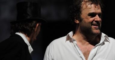 INTERVISTA a PIPPO DELBONO - di Michele Olivieri