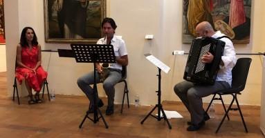 """43esima Edizione CANTIERE INTERNAZIONALE D'ARTE, """"Vita Morte Miracoli"""" - Musica e narrazione affascinano il pubblico. - di Mario Mattia Giorgetti"""