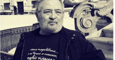 """""""Io sono Napoletano"""" di Raffaele Moccia - un piccolo caso letterario con tanti click ed un'imitazione.-a cura di Simona Buonaura"""