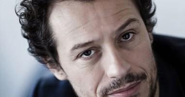 """Fondazione Teatro della Toscana – Evento – STEFANO ACCORSI legge """"Favole al telefono"""" di GIANNI RODARI. -di Pierluigi Pietricola"""