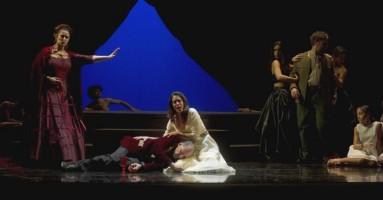 """RECENSIONE e INTERVISTA al regista ALBERTO JONA dello spettacolo """"Donna di Veleni"""" di M. Podda - Novara Teatro Coccia. -di Federica Fanizza"""