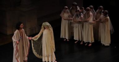 """RASSEGNA 74.mo CICLO DEI CLASSICI AL TEATRO OLIMPICO - """"ESTER"""", regia Giovanna Cordova. -di Francesco Bettin"""