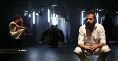 TO PLAY OR TO DIE  - regia Giuseppe Provinzano, Chiara Muscato